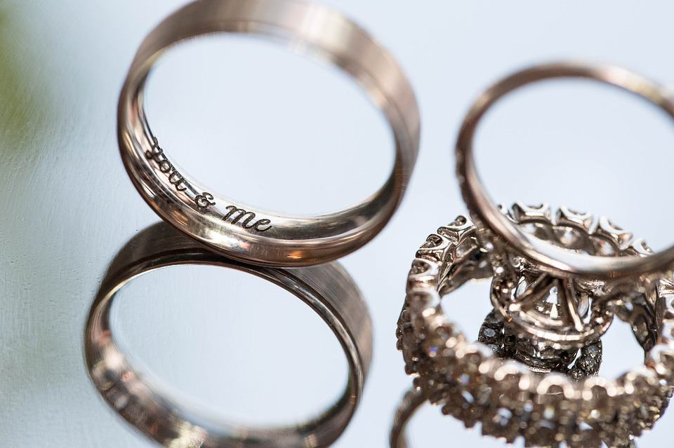 inscription rings for wedding