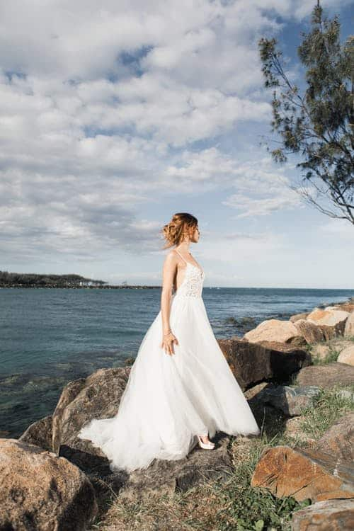 Short Wedding Dresses Perfect for the Summer Bride